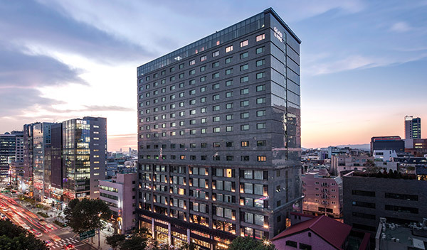Glad live gangnam opens in seoul the art of business travel for Design hotel in seoul