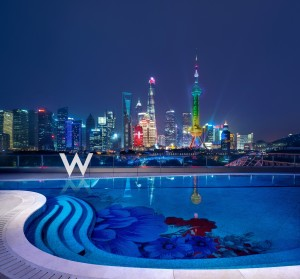 TravMedia_Asia_1229575_W Shanghai - The Bund_Wet Deck