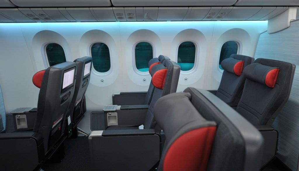 Airline Review Air Canada Premium Economy La Toronto